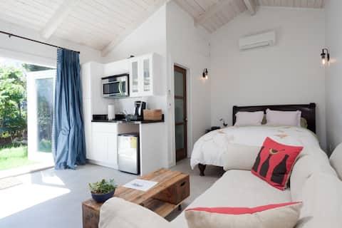 Modern, Clean, Guest House