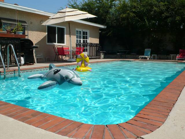 Fun 4 Bedrm Home W Pool Near Disneyland Houses For Rent In La Mirada California United States