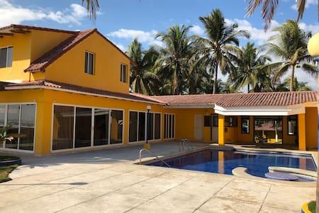 Hermosa casa en Costa del Sol
