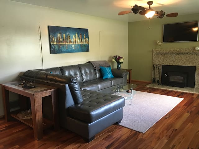Your Indianapolis Home Base - Indianapolis - Apartament