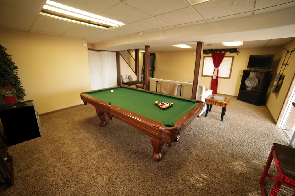Pool table and entertainment room.