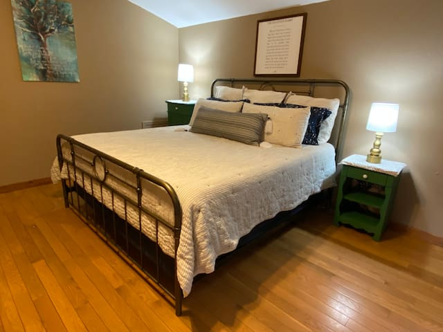 Master Suite on the golf course!