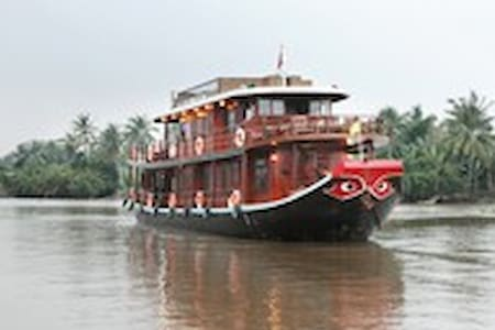 Experience on the Mekong River - Mỹ Tho - กระท่อม