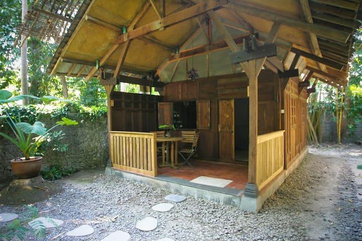 Yabbiekayu Homestay, Pondok Yabbie - Yogyakarta - Bed & Breakfast