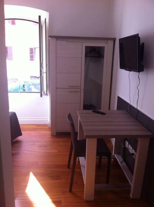 Appartamento via ottaviano appartamenti in affitto a for Affitto roma ottaviano
