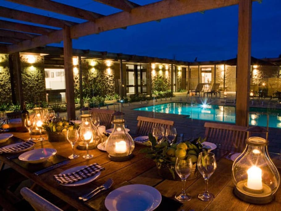 Twilight dining by the pool