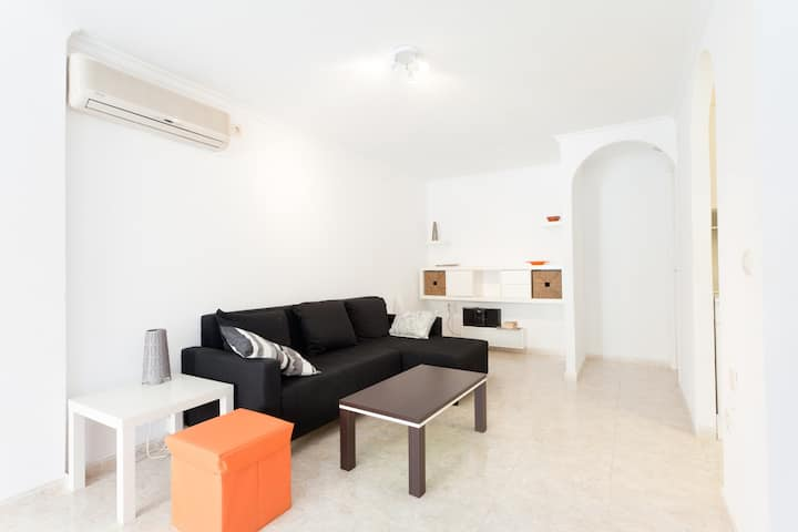 Townhouse close to Alicante-La Marina