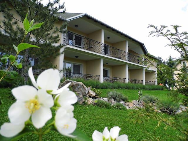 Sunny Hill - Vrdnik - Vrdnik - Apartamento