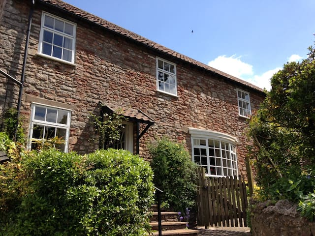 Stunning Traditional Cottage - BATCH COTTAGE - Bristol - Casa