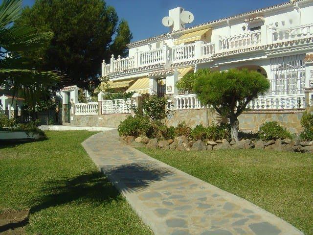 Rentcostadelsol Rincon-Las Pedrizas - Rincón de la Victoria - Casa