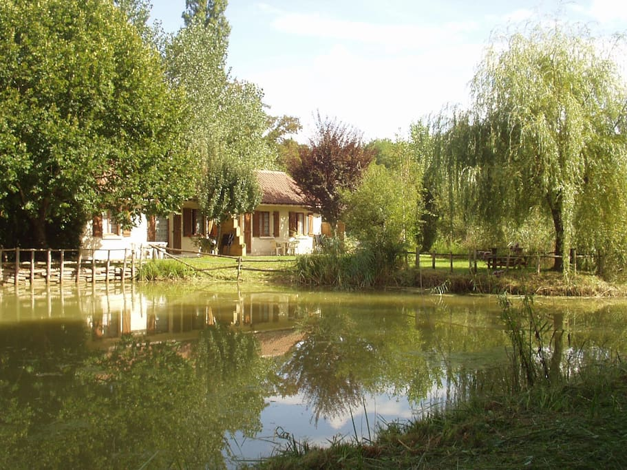 Gîtes au bord de l'étang