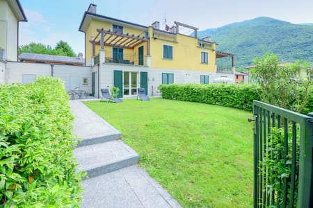 Holiday Home in Porlezza with Swimming Pool, Garden, Terrace