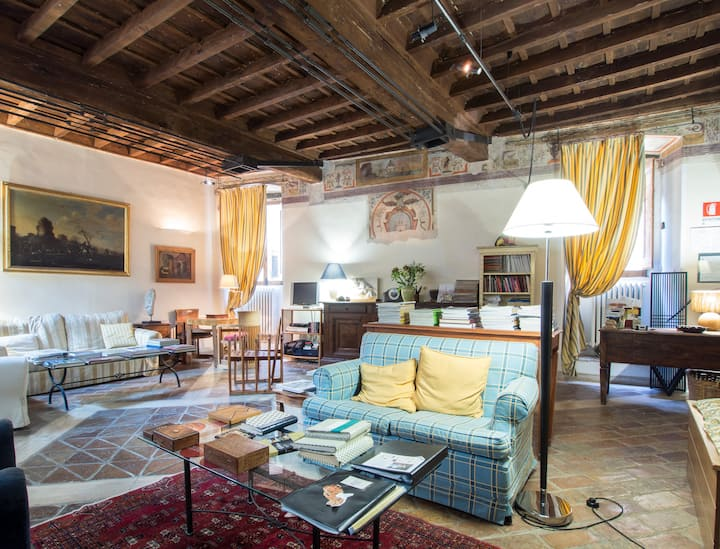 La Torretta Historical Home Venue min stay 3 night