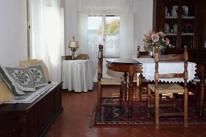 Incantevole camera a Vicopisano - Vicopisano - Bed & Breakfast