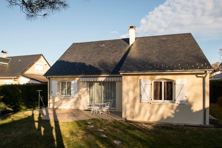 Maison avec vue sur les pyrénées - Avezac-Prat-Lahitte - 獨棟