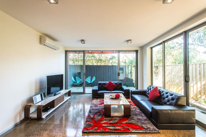 Orange Serviced Apartment - Glen Waverley - Flat