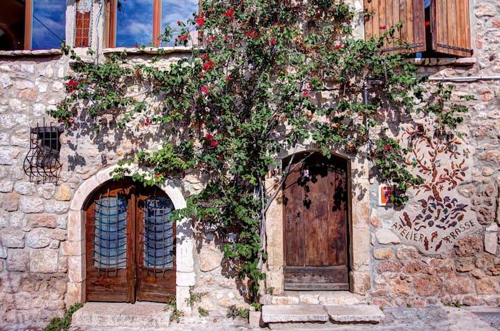 Cottage in village provencal azur - Saint-Jeannet - Apartment