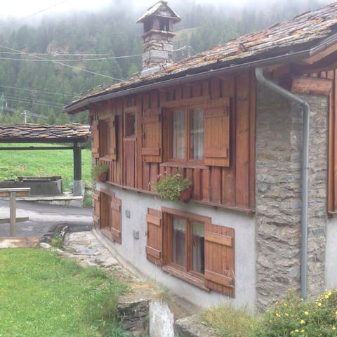 Private house in Aosta Valley - Valsavarenche - Rumah