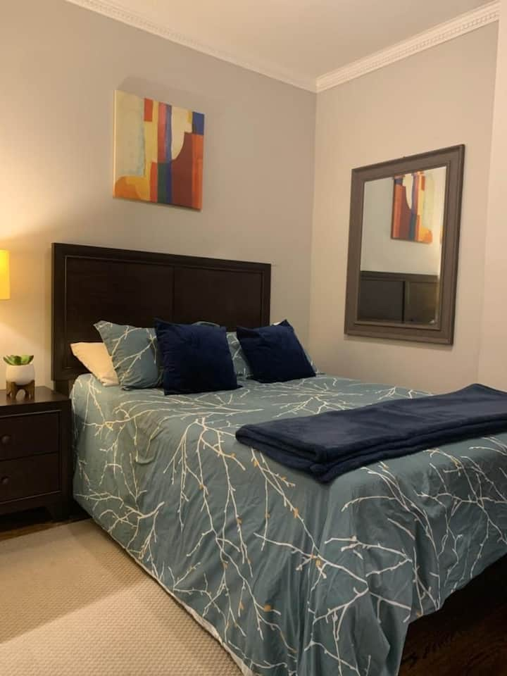 stylish private bedroom in Tim's Sq area 1-2ppl