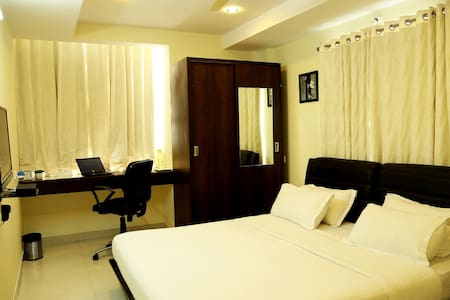 Premium Executive Room,Gachibowl - Hyderabad - 住宿加早餐