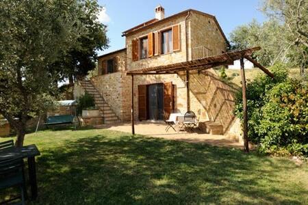 Il Villino - Montisi - House