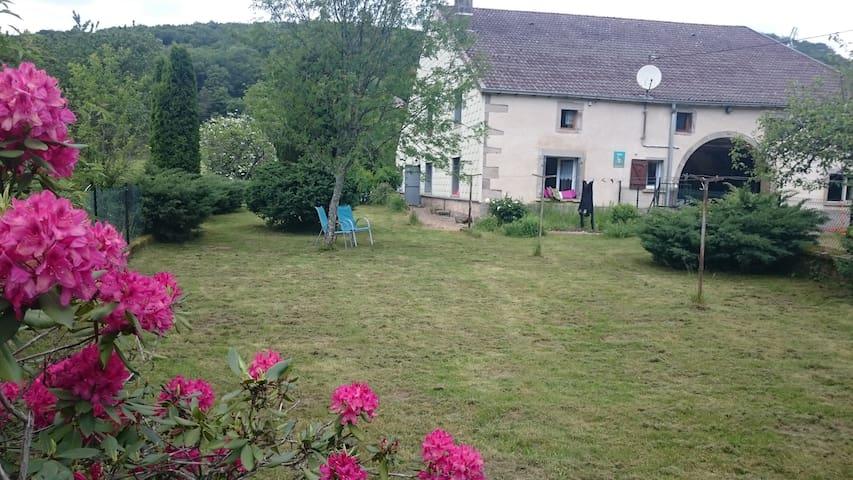 GITE 9 personnes dans ferme comtoise - Saint-Bresson - Casa