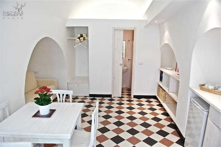 studio apartment in downtown Ostuni - Ostuni - Casa