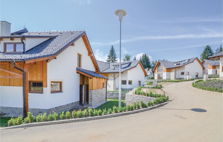 Holiday cottage with 4 bedrooms on 143m² in Lipno nad Vltavou