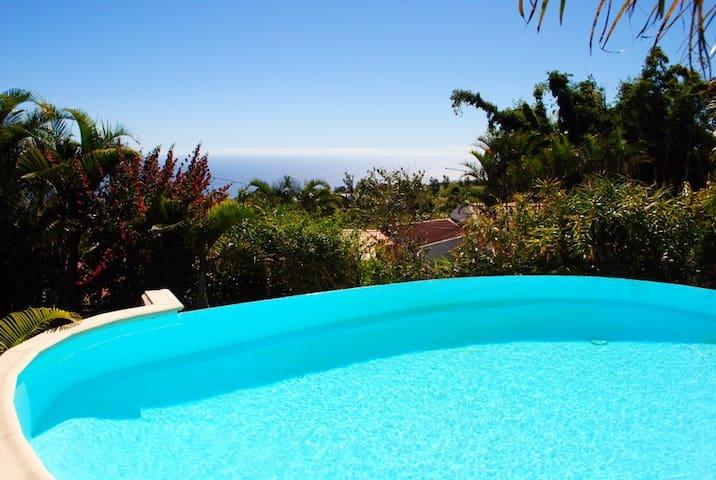 Villa calme et spacieuse avec belle vue mer - Saint-Gilles-les-Hauts