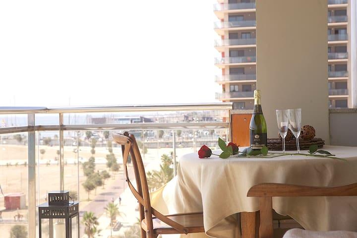 Great Sea-Side Barcelona Apartment - Badalona - Apartemen