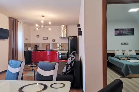 Apartment rental with hotel services included