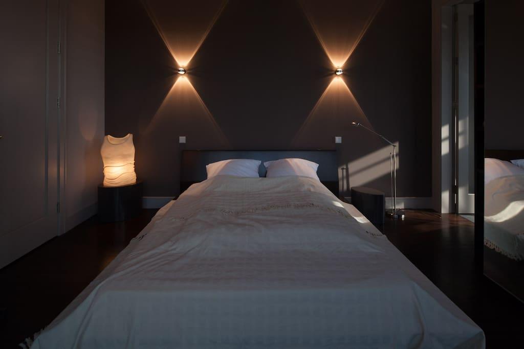 master bedroom (double) - 1. Schlafzimmer (Doppelbett)