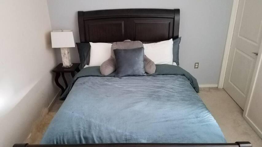Modern, Luxurious & Comfortable One Bedroom Apt