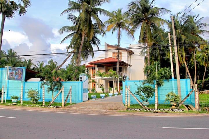 Bluewater Beach Resort ( 6 Rooms )
