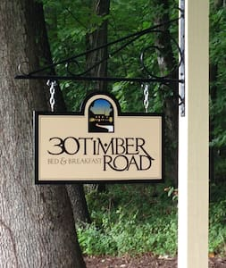 30 Timber Road Bed & Breakfast - Mechanicsburg