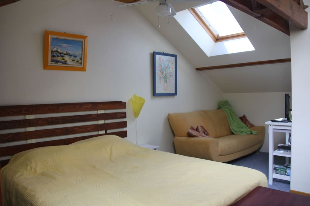 chambre independante avec salle de bain pensione in affitto a richwiller grand est francia. Black Bedroom Furniture Sets. Home Design Ideas