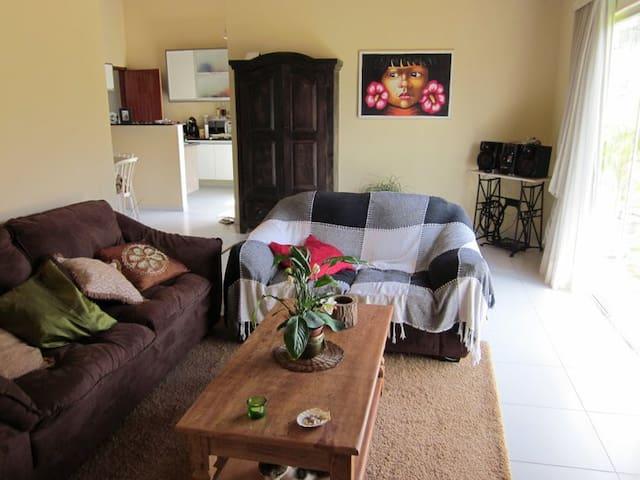 O charme do beija-flor em Pium - Parnamirim - House