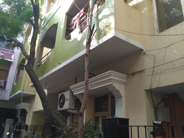 the Lovely Home @ Saligramam, Chennai, India