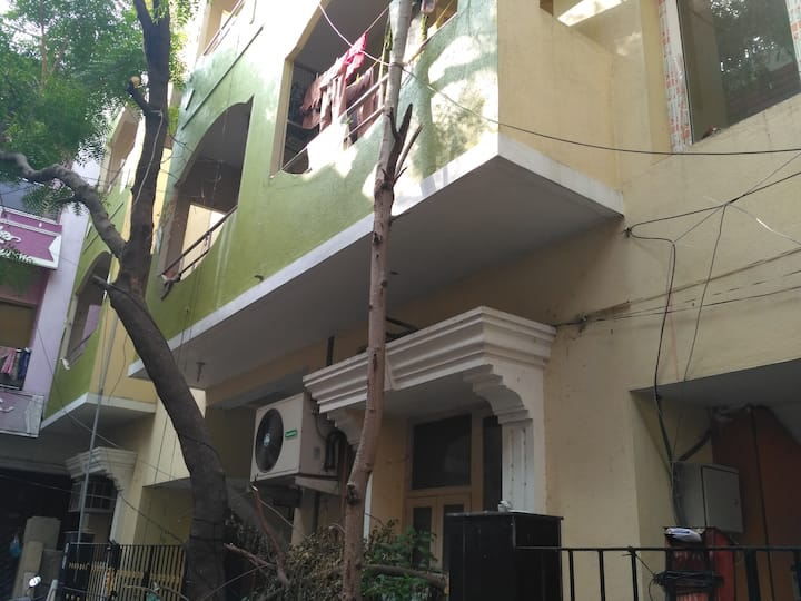 the Lovely Home @ Saligramam, Chennai, India