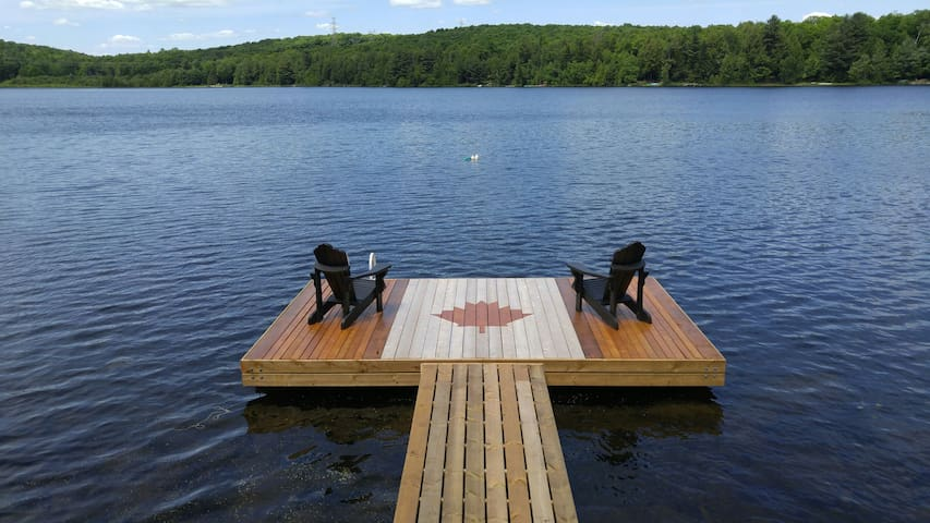 Big Woody Suite on Ross Lake, Haliburton