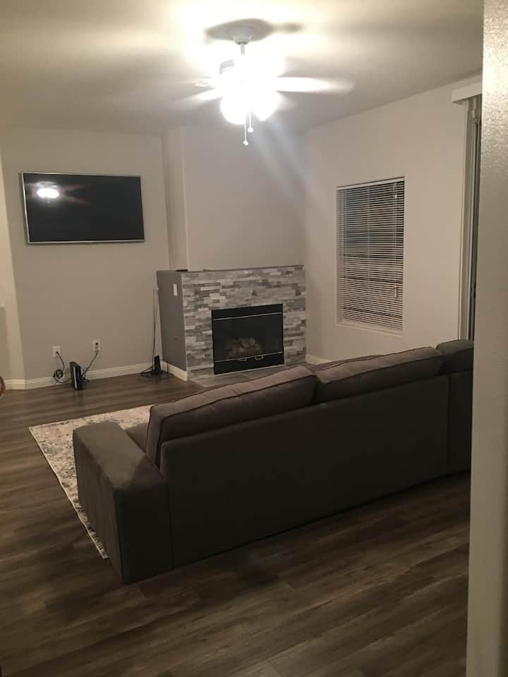 Las Vegas 2 Bedroom and 2 Bathroom Residence