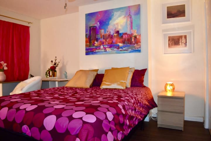 Very nice Master bedroom, all comfort, brooklyn