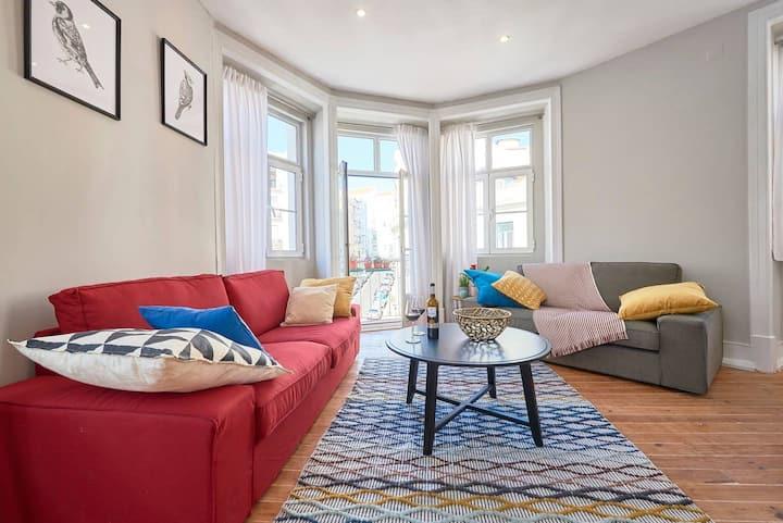Luxury Flat in Hipster Anjos - Medium Room