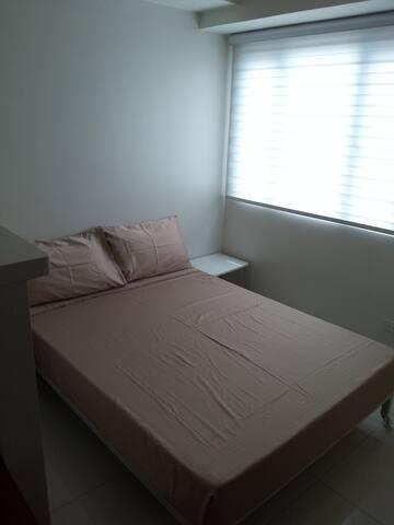 fully furnished studio in manila - Quezon City - Apartment
