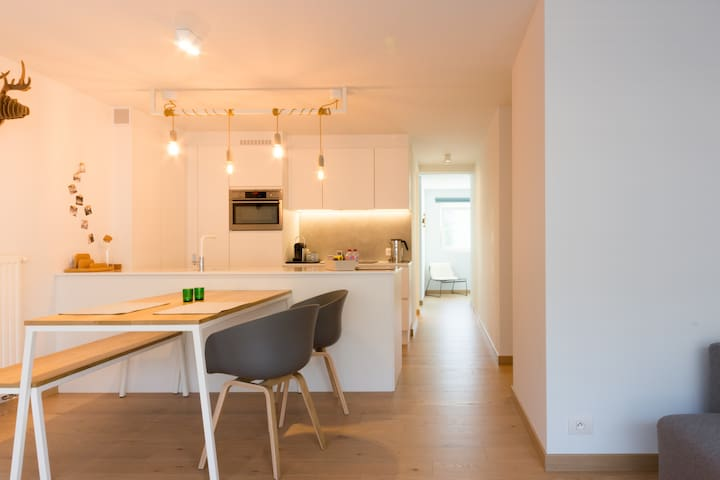 NEW BRUGES - trendy & cosy apartment