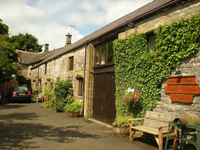 Vicarage Farm Holiday and Retreat Centre - Derbyshire - Casa