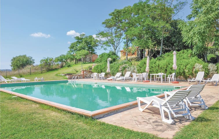 Holiday cottage with 1 bedroom on 45 m² in Acquapendente -VT-