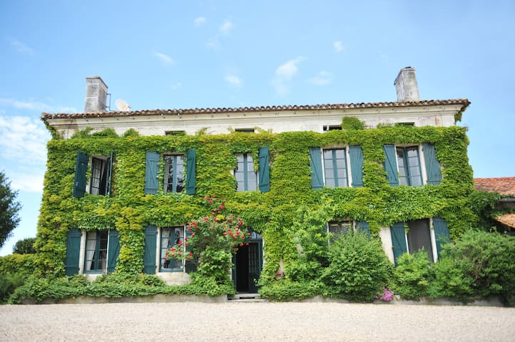 L'Appartement, Manoir de Longeveau - Aubeterre-sur-Dronne - Apartment