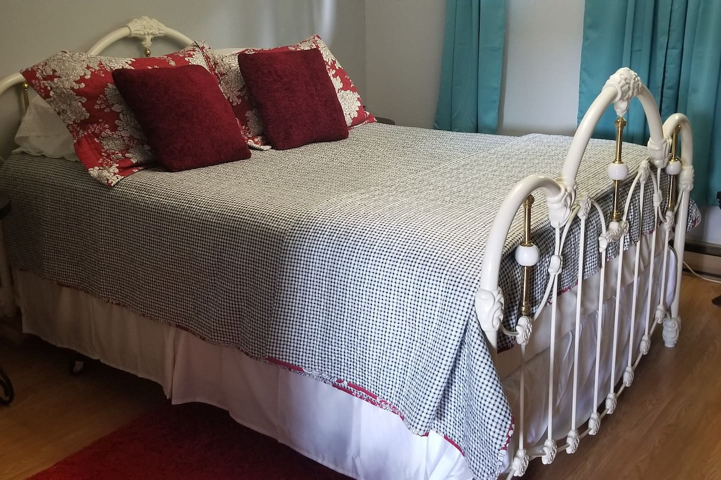 The House That Love Built Bed and Breakfast #2