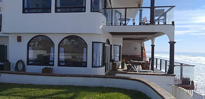 Brisa Baja ocean front villa - pool, jacuzzi